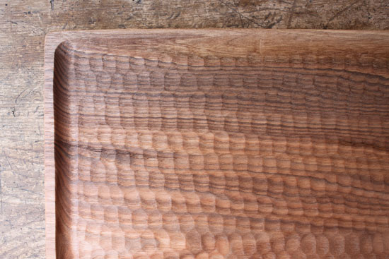 くるみの木のトレー 30cm x 28cm