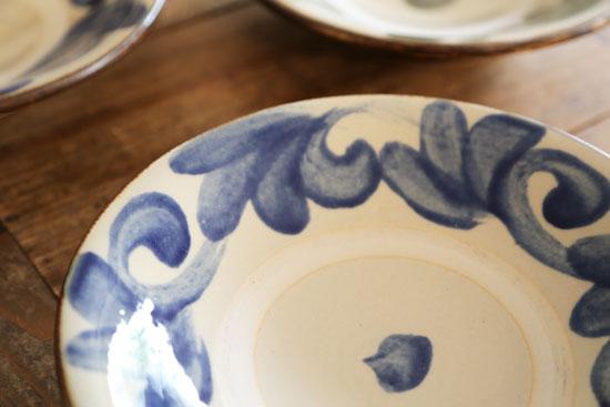 陶器工房 虫の音 7寸皿