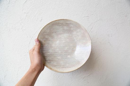 牧谷窯 ピンストライプ柄のお皿