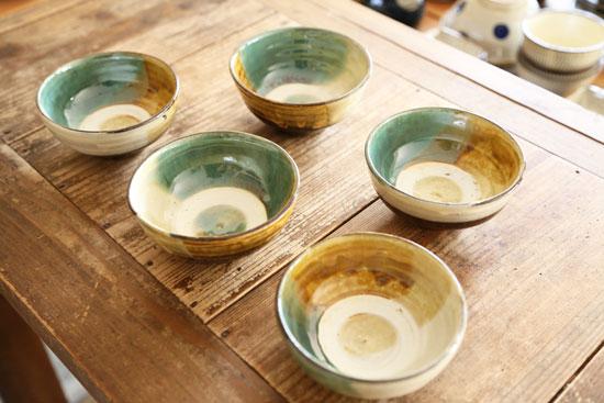 小鹿田焼 三彩茶碗