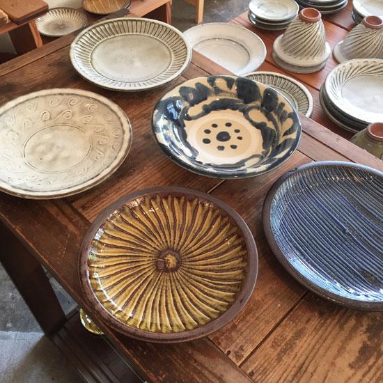 いろんな窯の7寸皿